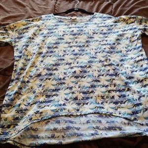 Super soft LuLaRoe blue and yellow floral Irma